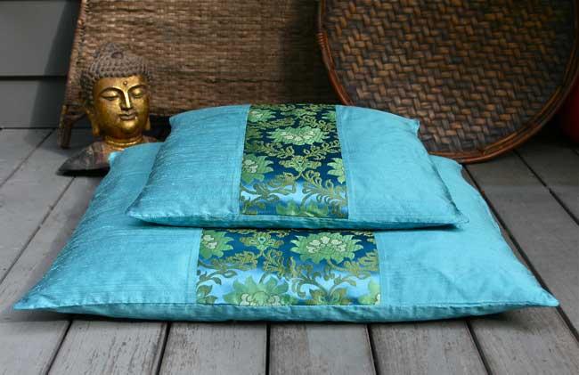 Beautiful Zafu & Zabuton Meditation Cushions.
