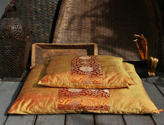 Zabuton Floor Cushions : Beautiful Silk Zafu & Zabuton Meditation Cushions.